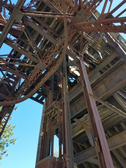 Head frame detail